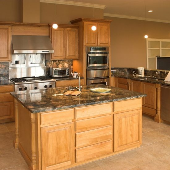 Get Excellent Kitchen Ideas of Granite Countertops from Showrooms